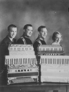 Louise Nelson, Sundquist, Hylén, Johnny