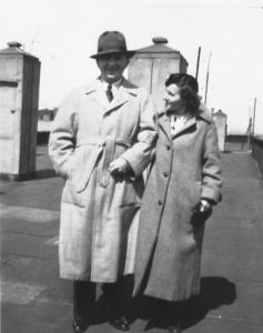 Manfred Max, Mrs Ivor Peterson, New York 1935